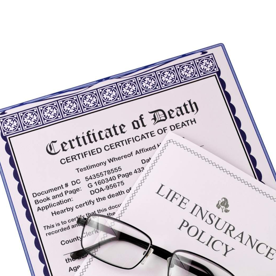 <p style='line-height:1.4; font-size:1.2em'> What are the steps involved in making a death claim on a life insurance policy? </p>